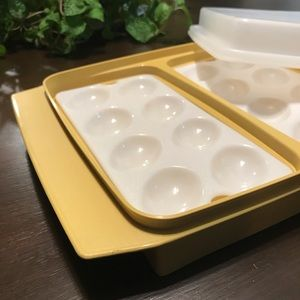 Vintage Tupperware deviled egg platter tray